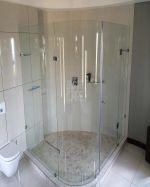 Нестандартна овална душ кабина по поръчка
