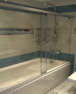 Плъзгащ параван за вана