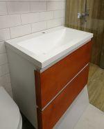 Дървен шкаф за баня с ПВЦ корпус - странична част част